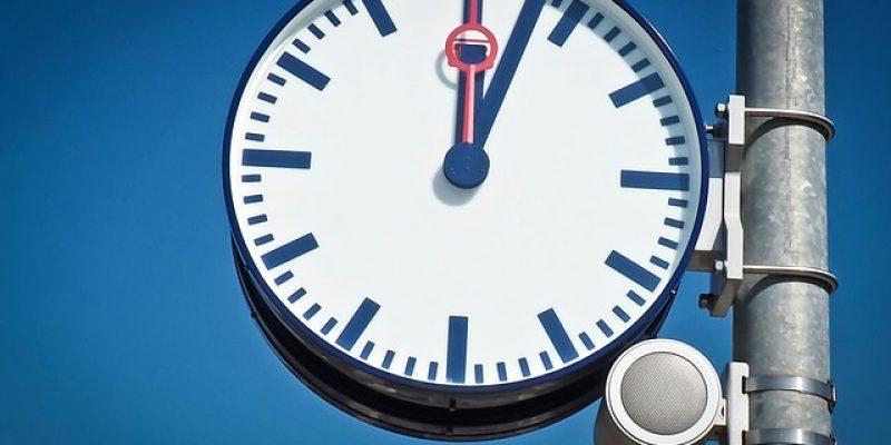 clock-1670221_640