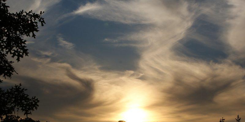 clouds-2183509_1920